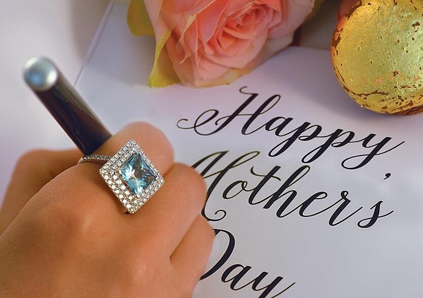 Blog_Cover_May_MothersDay1-850x0.jpg