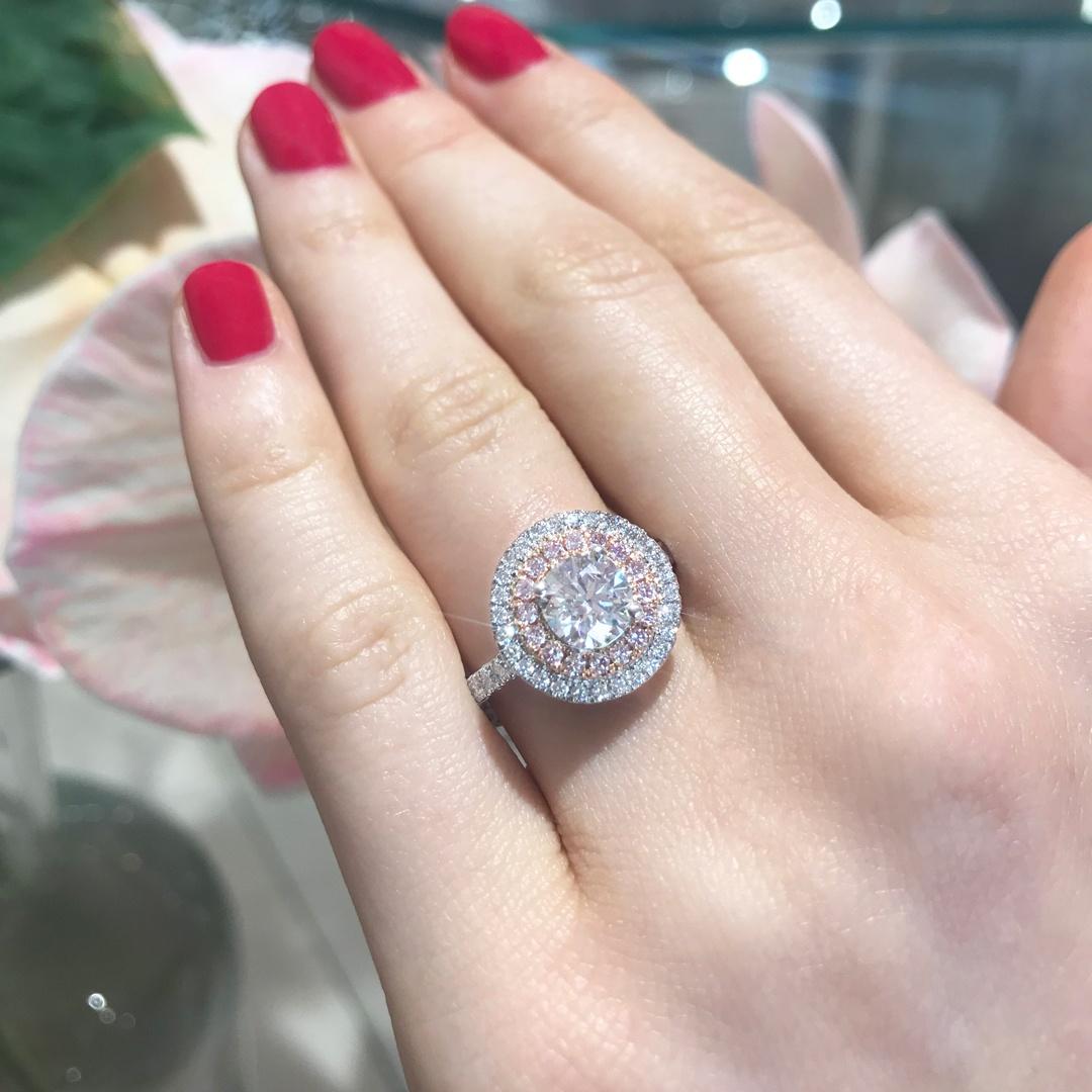 Matthew_Ely_Brilliant_Cut_Argyle_White_And_Pink_Diamond_Ring.jpg